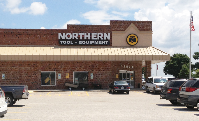 Northern Tool Equipment Store